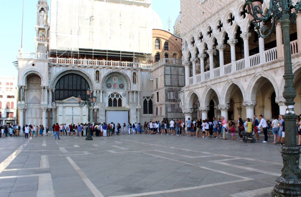 Long lines in front of Basilica di San Marco in Venice - Passports and Spice